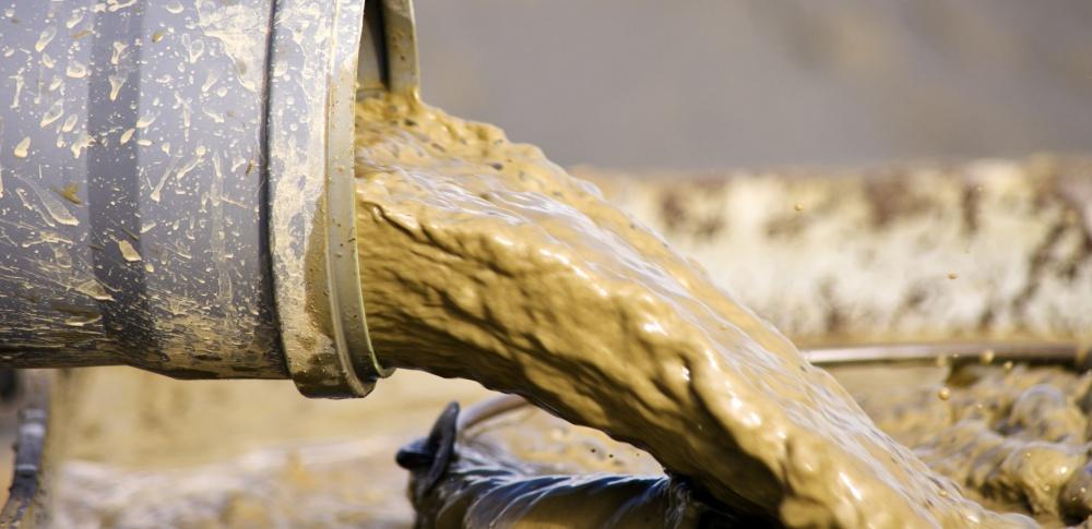 雨畑川の汚泥問題、採石業者が撤去を完了|山梨県早川町
