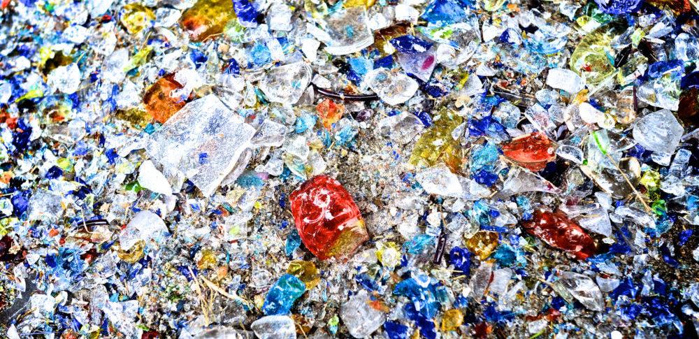 ガラスくず、コンクリートくずおよび陶磁器くずとは?種類や廃棄量統計の現状とリサイクル方法