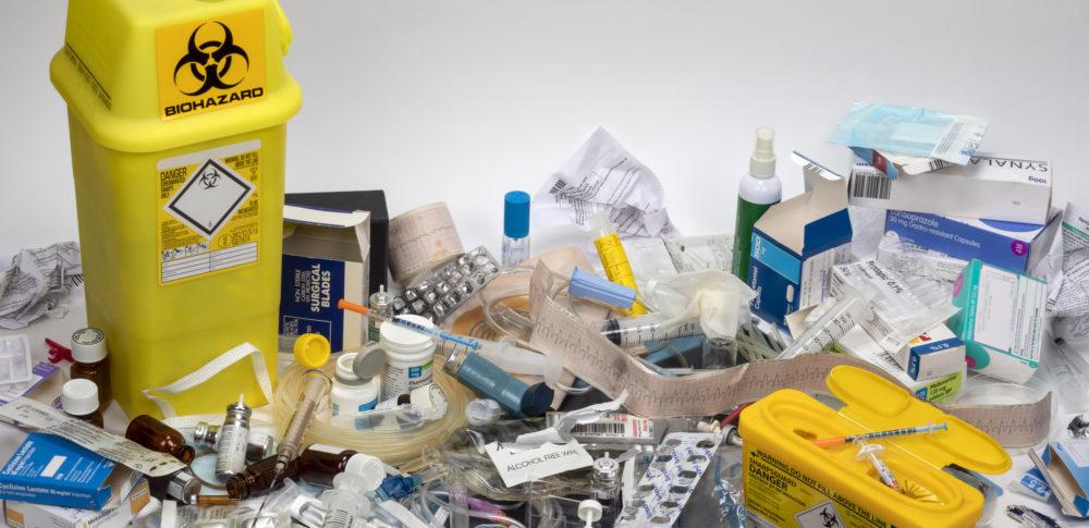 感染性廃棄物とは?種類や運搬容器、注意点について解説