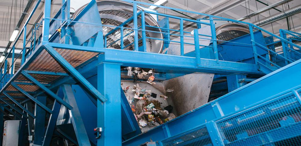 日本のゴミ排出量は世界で4位!プラスチックの再利用や処理は早急な対応が必要