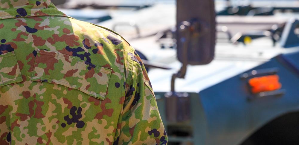 陸上自衛隊の曹長、行政文書などを海岸に不法投棄